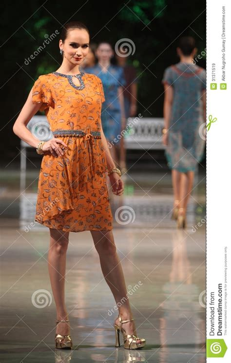 Banning Models On Worlds Largest Fashion Show 2 by Asian Model Wearing Batik At Fashion Show Runway