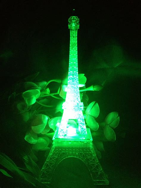 eiffel tower light up 9 inch light up acrylic led eiffel tower souvenir w build