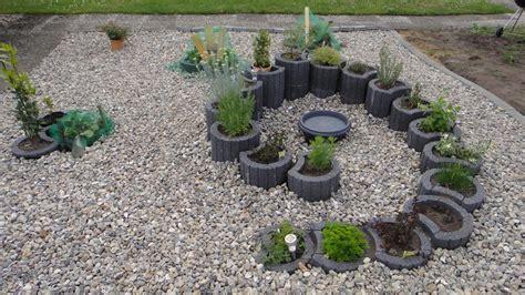Garten Bepflanzen Ideen by Kreative Ideen F 252 R Garten Ums Haus Und Terrase