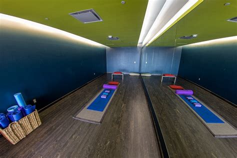 which airports rooms the weirdest ways to spend a layover around the world daily mail