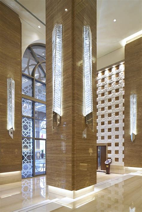 interior column designs kempinski hotel mall of the emirates lasvit hotel