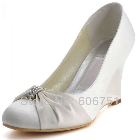 wedding dress accessories on s wedges