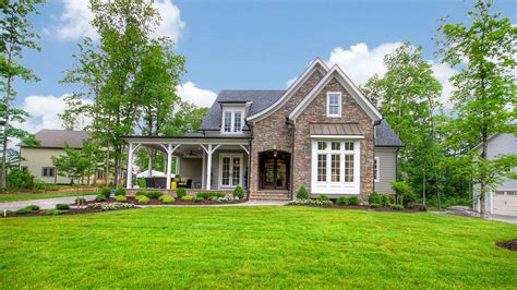 southern living pictures custom builder showcase homes span the south southern living