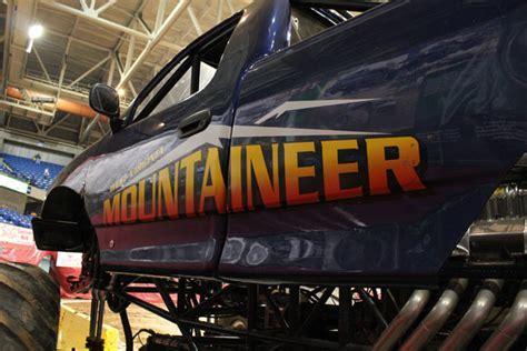 monster truck show charleston sc monster jam photos charleston wv february 4 2012 7