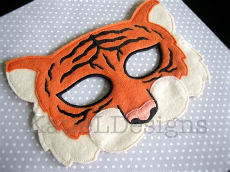 How To Make A Tiger Mask Out Of Paper - ith tiger mask digital machine embroidery design