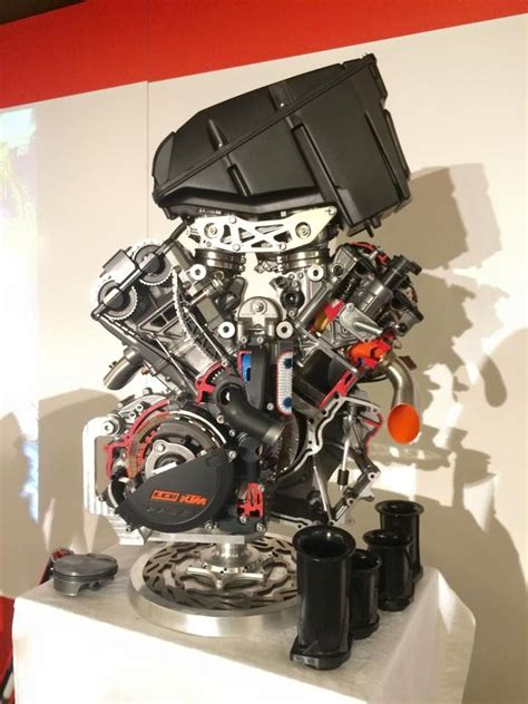 Ktm 300 Engine 88 Best Images About Ktm On Duke Bikes And