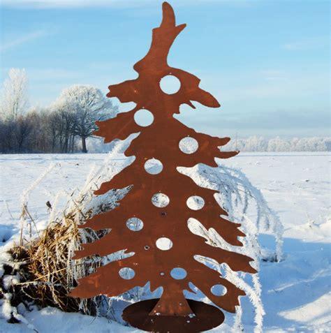 eine besonders sch 246 n geformte weihnachtsbaum silhouette