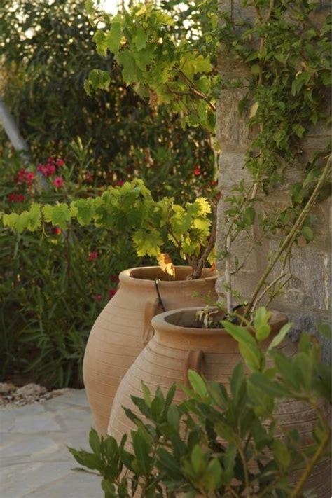 greek backyard designs best 25 greek garden ideas only on pinterest mediterranean style seat covers
