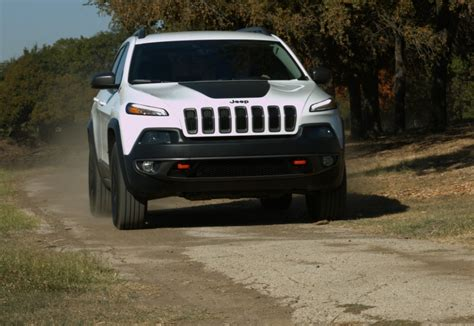 2016 jeep grand cherokee trailhawk 2016 jeep cherokee trailhawk test drive and review