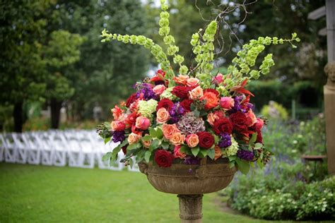 the amazing flower arrangements were created by florist in the aleda costa amazing flower arrangements few pictures