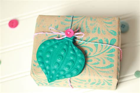 Handmade Wrapping Paper Ideas - gift wrap ideas