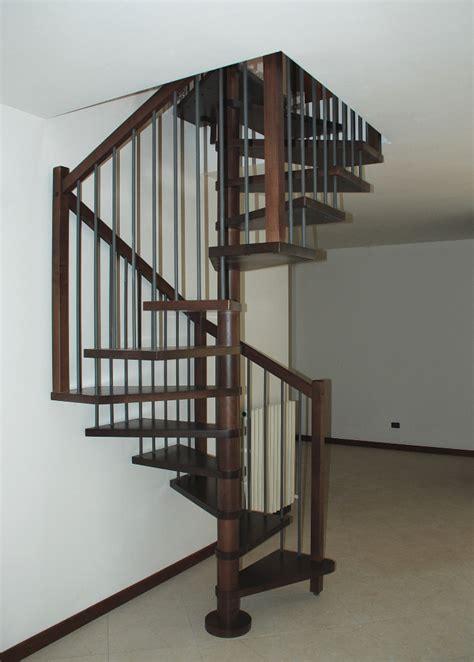 scale a chiocciola in legno per interni scale a chiocciola in legno e ferro scale interne