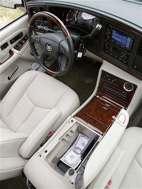 how make cars 2004 cadillac escalade ext interior lighting 2004 cadillac escalade esv platinum edition four wheeler magazine