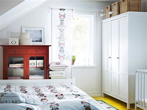 armario hemnes armario hemnes tintado en blanco y armario para ropa de
