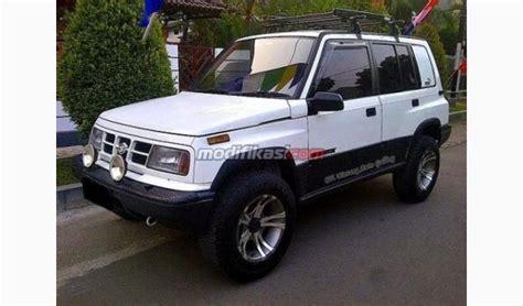 Sarung Pelindung Mobil Suzuki Vitara 2014 jual suzuki sidekick putih 1997 vitara 4x4 siap