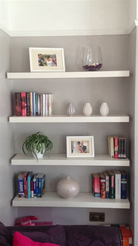 alcove shelving in the lounge decorating ideas