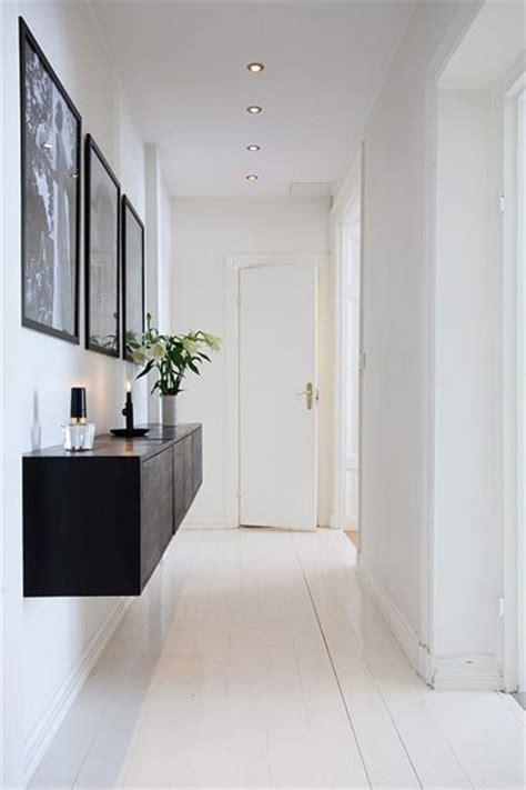 wohnzimmer möbel hängend ikea k 252 che schwarz abstrakt