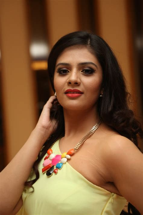 srimukhi hot life is beautiful actress srimukhi hot photos movie