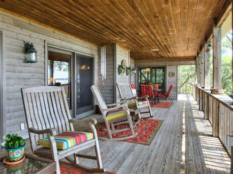 Cabin Hgtv by Before Pictures From Diy Network Cabin 2016