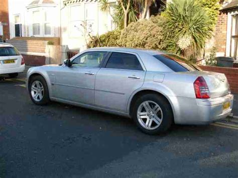 chrysler 2007 07 bentley 300c 3 5 v6 auto in silver