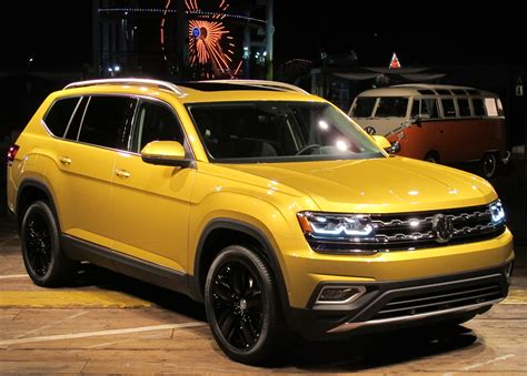 volkswagen atlas vw atlas doesn t shrug on size wheels ca
