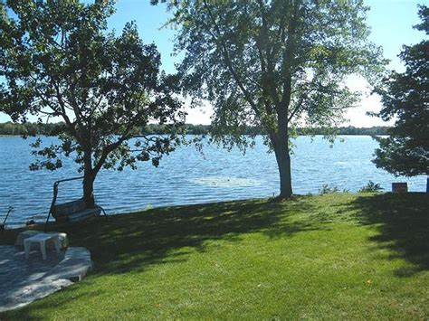 Chemong Lake Cottage Rentals by Ontario Cottage Rentals Northern Comfort Cottage
