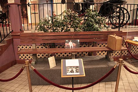 forrest gump bench the savannah history museum savannah for 91 days