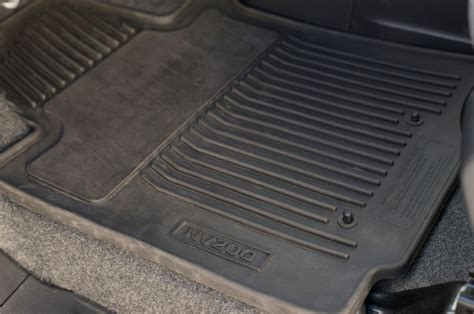 Year Floor Mats by One Year Review 2013 Nissan Nv200 Photo Image Gallery