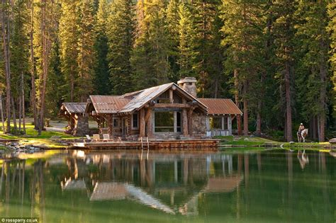 montana s headwaters c guest cabin comes with elk horn