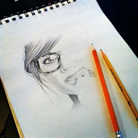 imagenes de amor a lapiz tumblr dibujos de mujeres a lapiz tumblr imagui