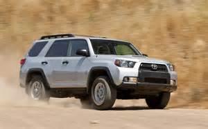 2010 toyota 4runner trail edition v 6 vs 2011 jeep grand