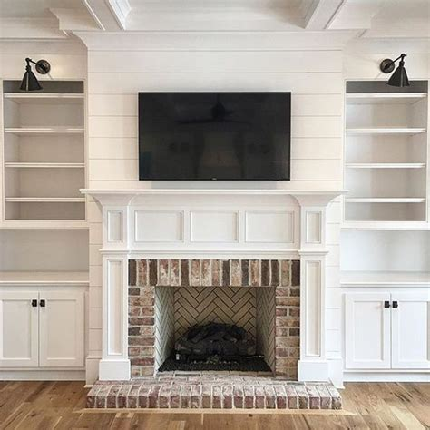 Fireplace Surround Bookcase by Best 25 Fireplace Surrounds Ideas On