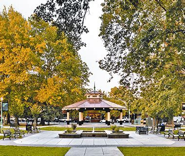 best town squares in america america s most beautiful town squares healdsburg plaza
