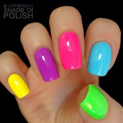 one finger nail different color pictures 23 nail art d 233 t 233 inconcournables et haut en couleur