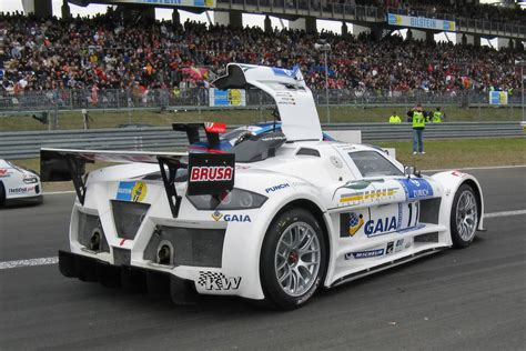 hybrid supercars gumpert apollo hybrid supercars