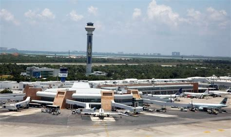 aeropuerto cun flying or not into canc 250 n international airport with a