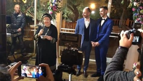 Orthodox Gay Wedding Goes Viral: Famous Rabbi Attends