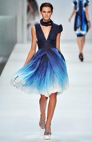 Dress Model Blue Fashion Impor blue dress fashion fashion show model image 16153 on favim