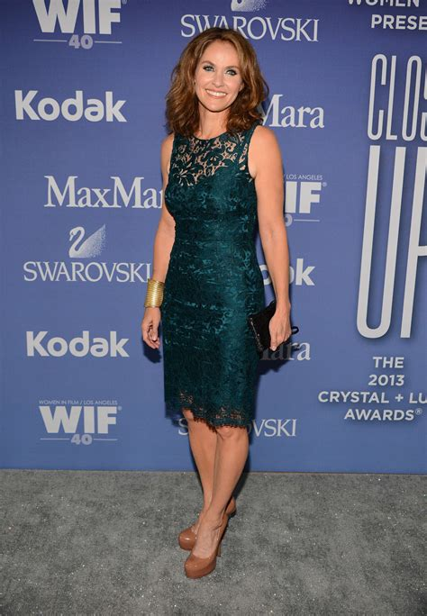 Women In Film S 2013 Crystal Lucy Awards Arrivals Chin Length | amy brenneman women in film 2013 crystal lucy awards 05