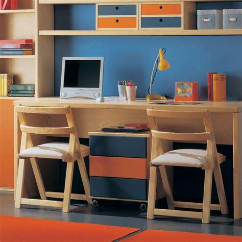 librerie con scrivania scrivanie e scrittoi per camerette bambini marzorati