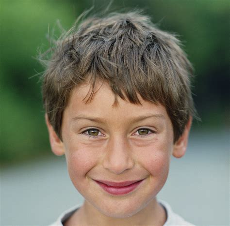 young boys faces rosto o monge voador