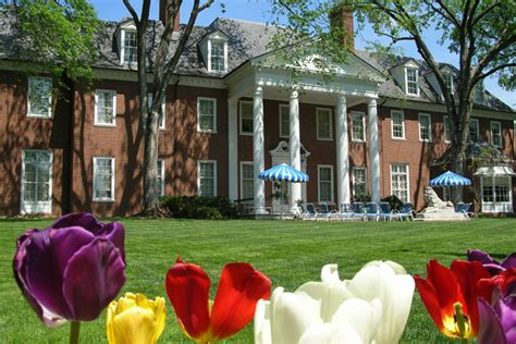 living artfully at home with marjorie merriweather post hillwood estate museum and garden