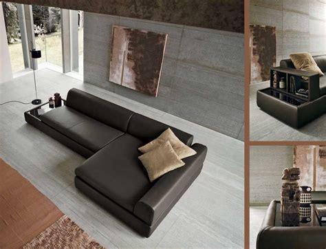 divano tavolo foto divano con tavolo incorporato