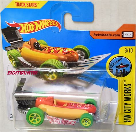 Wheels Hotwheels Wiener wheels 2017 hw city works wiener card