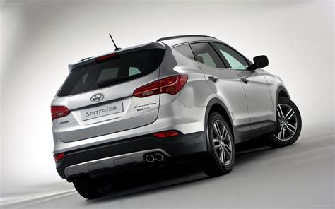 Santa Fe Hyundai 2013 by Hyundai Santa Fe 2013 Widescreen Car Wallpaper 03