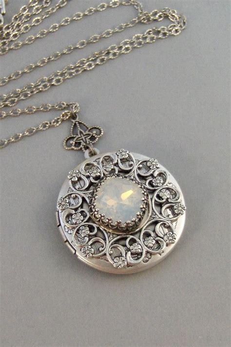 jewelry lockets 25 best ideas about vintage lockets on