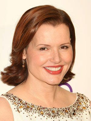 short hairstlyes for women with widow peaks celebrity hairstyles bobs and widow s peak on pinterest