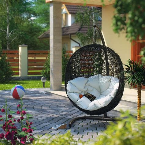 Diy Outdoor Chaise Lounge 35 Swingin Backyard Swing Ideas