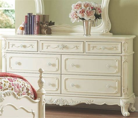 cinderella bedroom furniture cinderella poster bedroom set from homelegance 1386