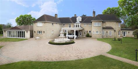 manor house for sale was a set for bond and the
